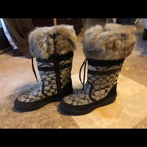 Coach | Mariette brown signature fur boots | 8